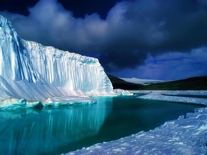 Turquoise Ice (Northern Lake Baikal)