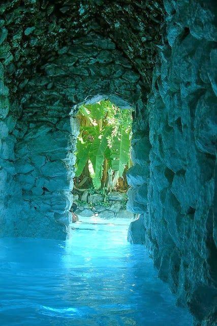 La Gruta hot Springs, Guanajuato, Mexico.