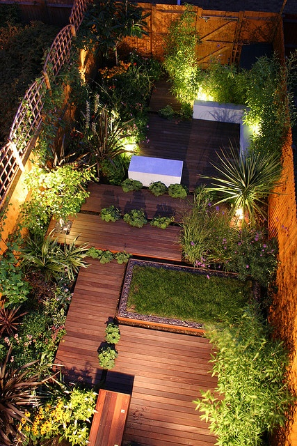Entertaining Night Garden