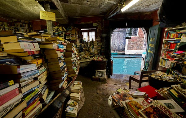 bookshop in Venice