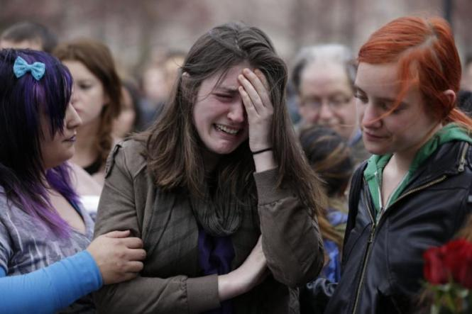 boston-marathon-mourning[1]