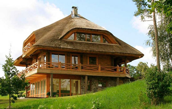 Eco House on the Hill