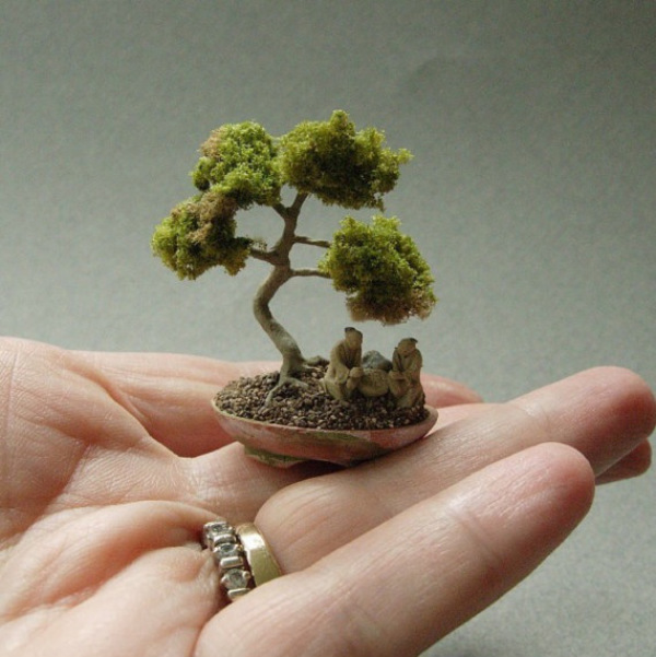 Dollhouse Miniature Bonsai Tree
