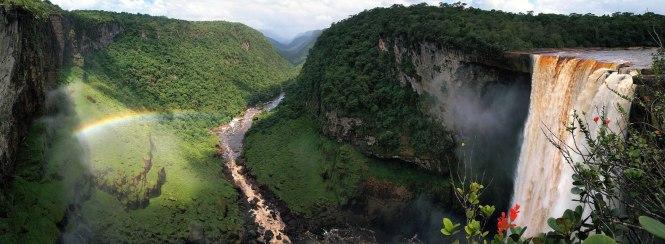 Kaieteur Falls - Potaro-Siparuni