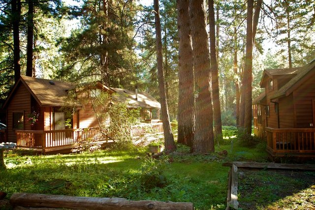 Cold Springs Resort (Camp Sherman, OR)