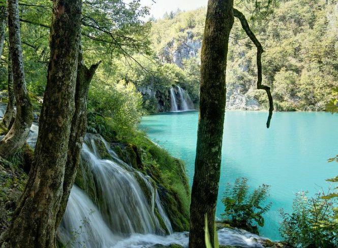 Plitvice Lakes, Croatia by Piotr Kowalski