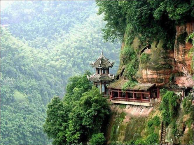 Tibet Mountain Monastery