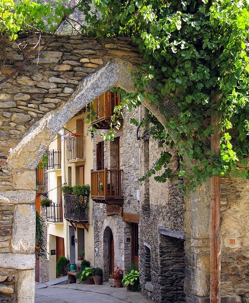Entryway, Lleida, Spain