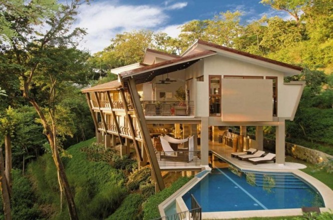 House in nature2