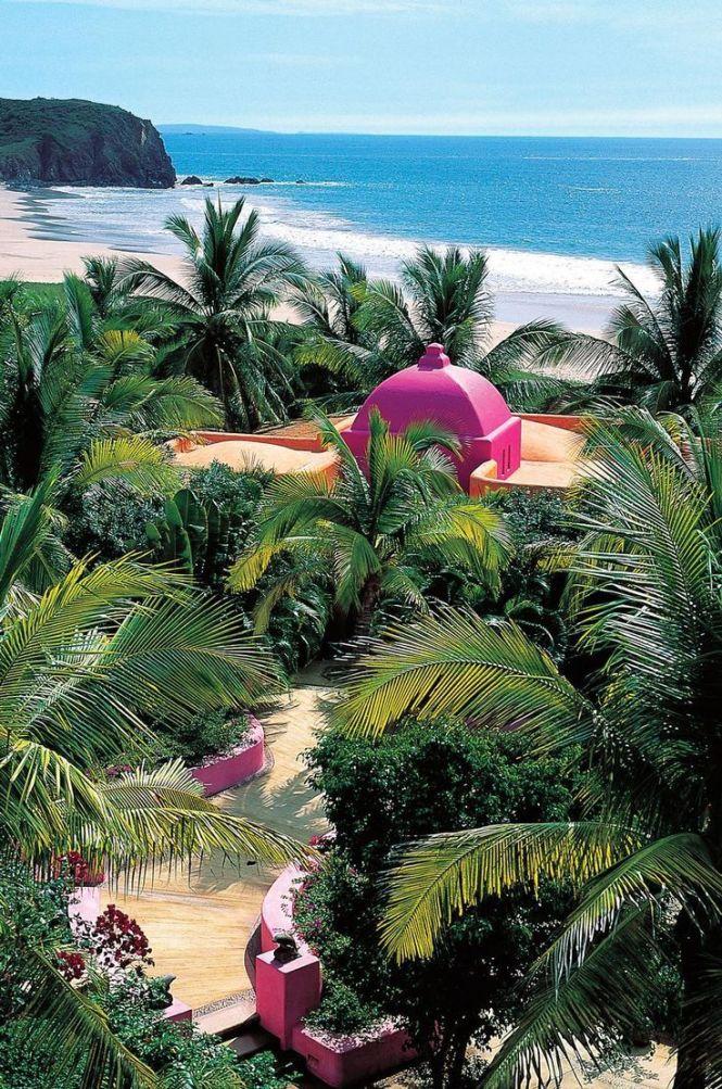 Las Alamandas - Mexico beach