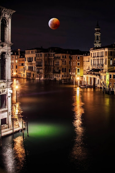Moon Time on Venice by Hasan Yilmaz