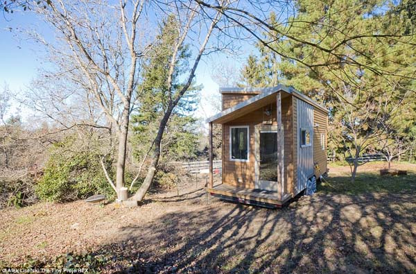 "Alek wanted to change his focus in life, so he built this small house. ""Inhabiting such a small space will force me to live in a simpler, more organized and efficient way."""